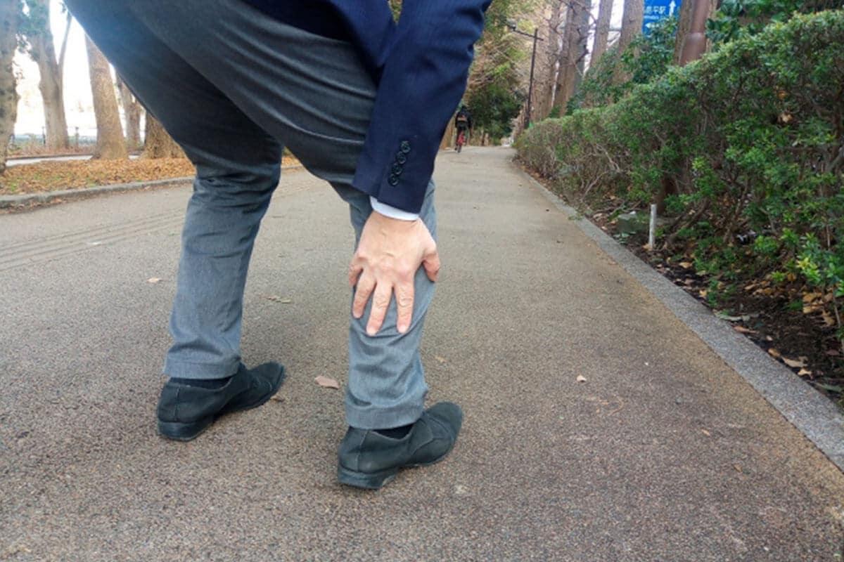 糖尿病の初期症状・足が痛むイメージ