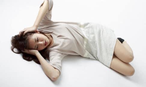 睡眠障害で悩む女性イメージ